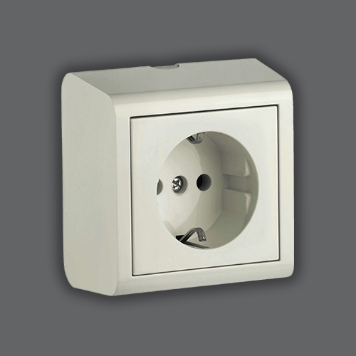 SOCKET OUTLET EARTHED - WHITE