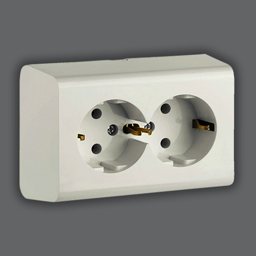 DOUBLE SOCKET EARTHED - WHITE